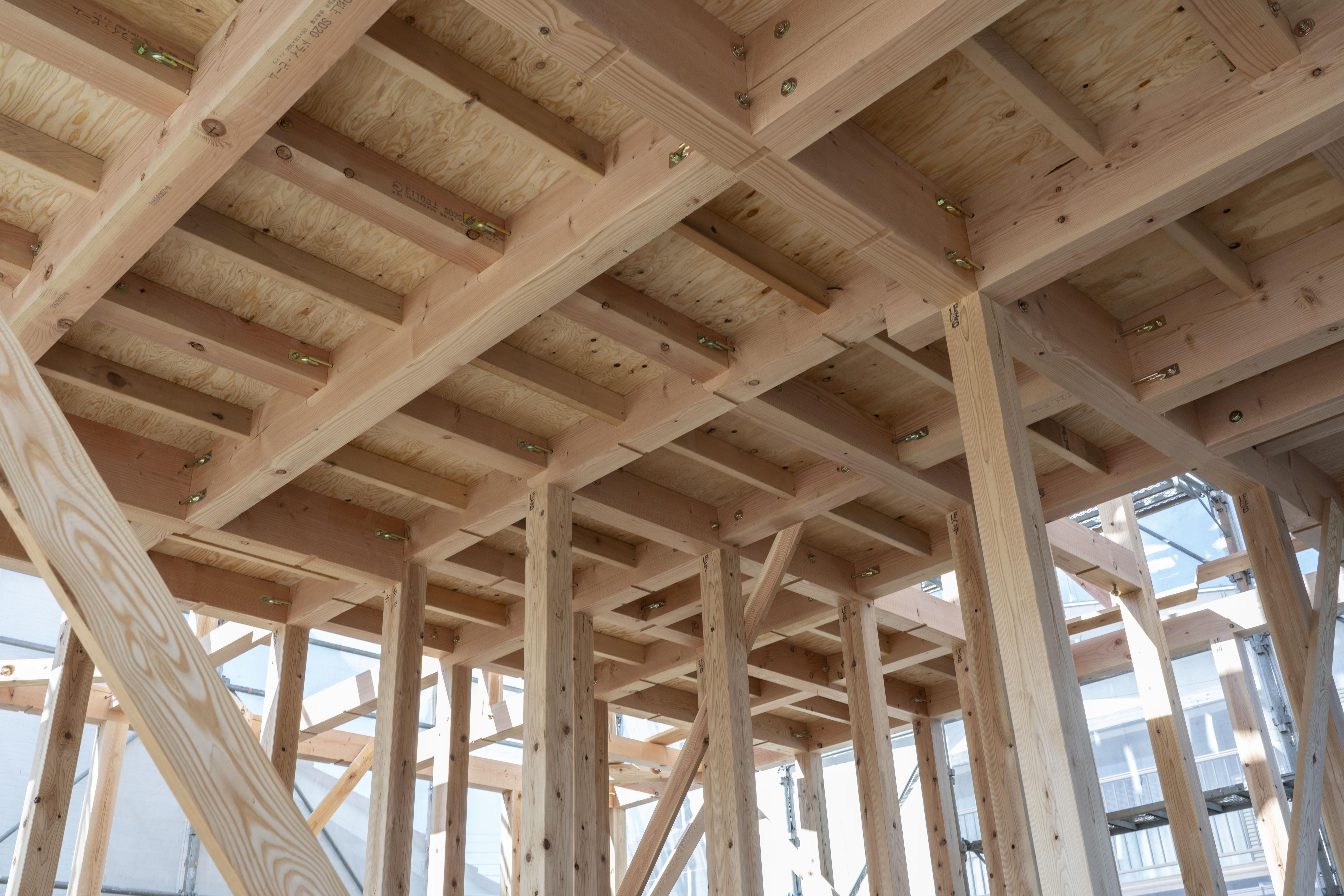 頑強な構造材がエーベンハウスの家づくりの魅力