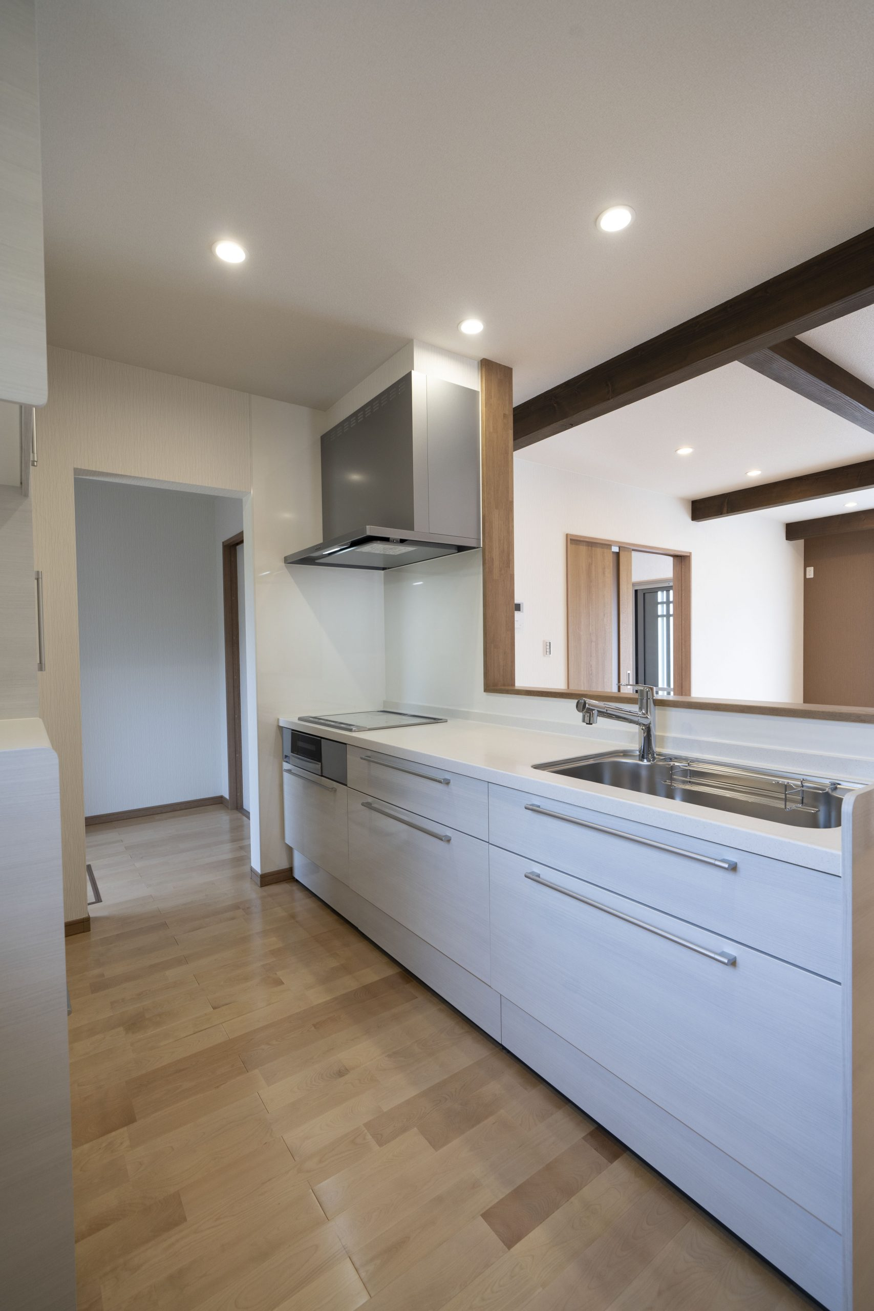 3LDKの平屋のキッチンの建築実例