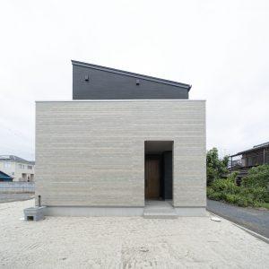 平屋と二階建ての比較の画像